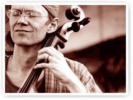 photo of Hank Roberts playing his cello